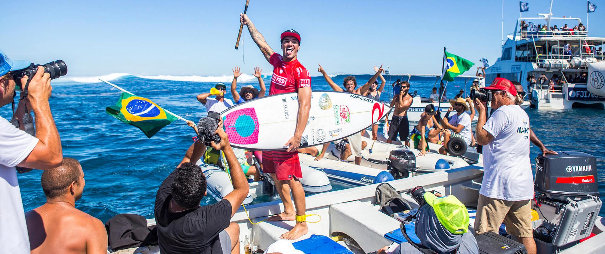 Gabriel Medina wins the Fiji Pro 2016 on a Cabianca DFK Surfboard